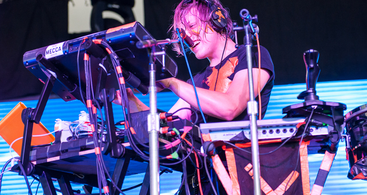 Robert DeLong | May 19, 2013